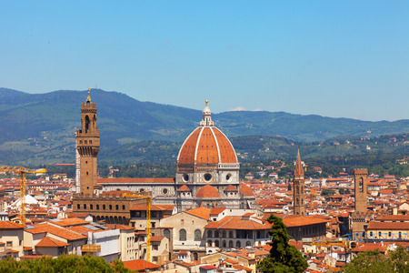 fiore: Florence, river embankment of Arno and Cathedral of Santa Maria del Fiore