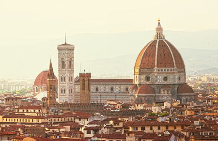 fiore: Florence, Cathedral of Santa Maria del Fiore on a sunset