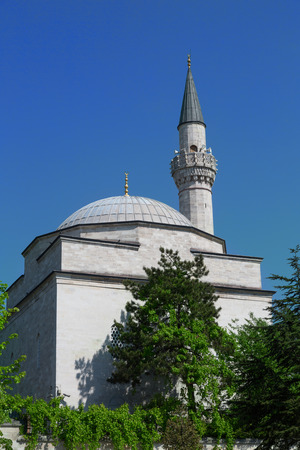 minaret: Dome and minaret of a mosque in Istanbul, Turkey