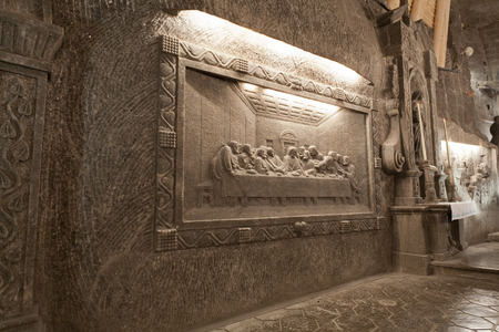 windlass: WIELICZKA, POLAND — JANUARY 2, 2015: The scene from the Bible which is cut out from salt.Wieliczka Salt Mine (13th century) is one of the worlds oldest salt mines. Editorial