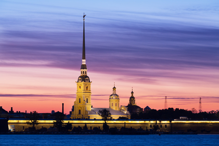 Peter and Paul fortress in sunrise, Saint-Petersburg, Russia Imagens