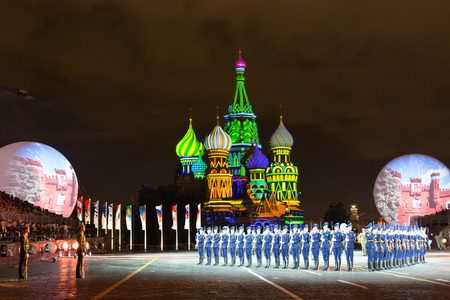spasskaya: RUSSIA, MOSCOW - SEPTEMBER 2, 2016: A festival of military orchestras Spasskaya Tower at Red Square