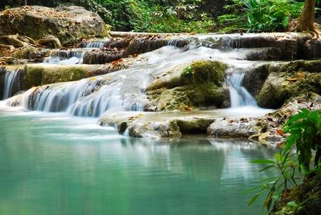 eravan: A waterfall is blue.