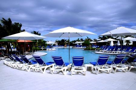 A beautiful swimming pool on a Caribbean island. Фото со стока