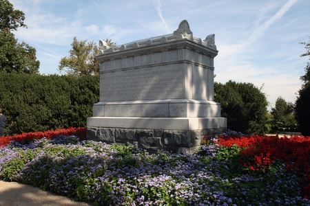 Tomb of the Confederate Unknown Soldier, Arlington National Cemetery, Arlington, Virginia.