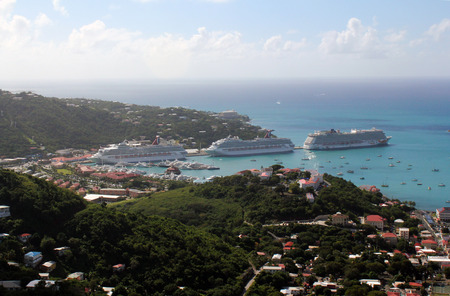 drakes: The Caribbean port of Charlotte Amalie, St. Thomas, USVI  as seen from Drakes Seat. Editorial