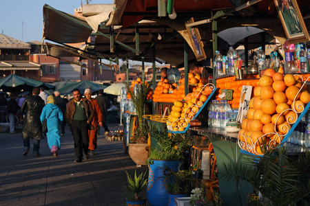 20 February 2012 - Fresh fruit and juices at the market in the center of Marrakech, Morocco Editöryel