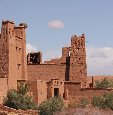 The impressive mud structures and buildings of Ait Benhaddou in Morocco Standard-Bild - 130065795