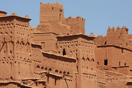The impressive mud structures and buildings of Ait Benhaddou in Morocco Standard-Bild - 130065796