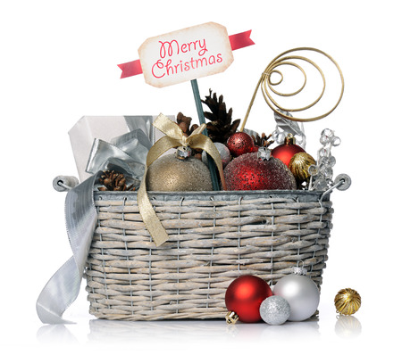 Weihnachts-Korb Standard-Bild - 32692840