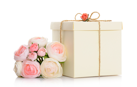 floral decoration: gift with floral decoration