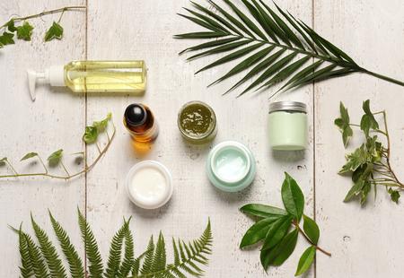 composizione di cosmetici verdi