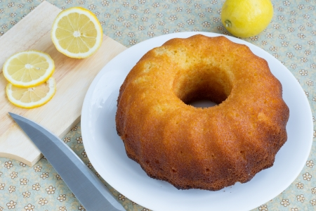 Round-shaped tasty lemon cake photo