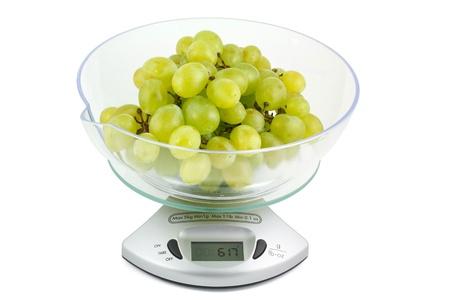 electronic balance: Grapes on the electronic balance