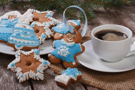 Black coffee and Christmas gingerbread photo