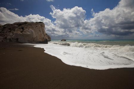 afrodita: El lugar de nacimiento de Afrodita en Chipre. Vista de la roca