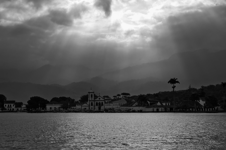 Paraty bay in black and white Imagens