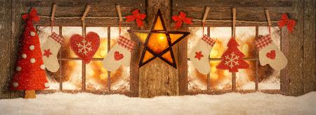 Decorated for Christmas windows, mood lighting Archivio Fotografico