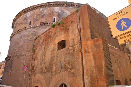 templo romano: Panteón en Roma, Italia Foto de archivo