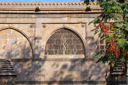 Sidi Saiyyed Mosque at Ahmedabad in the Indian state of Gujarat Banco de Imagens