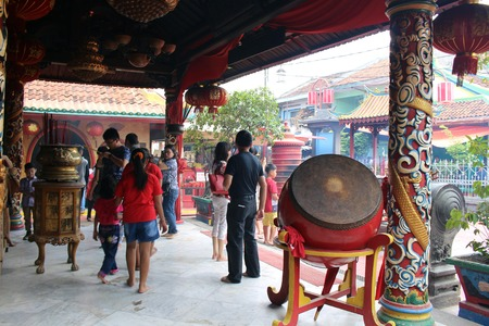 Situation around Boen Tek Bio temple, the oldest Chinese temple in Tangerang. Located within Chinese Benteng area. Another example of Peranakan Culture. Pic was taken in January 2018. Editöryel