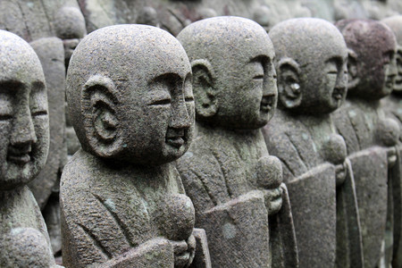 The statues of Buddha