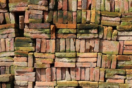Stacks of Nepali bricks well arranged in Bhaktapur. Pic was taken in Nepal, August 2018. Banco de Imagens