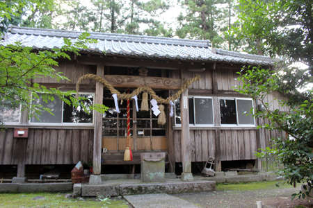 The Motomuratenmanten Jinja, a Japanese wooden shrine in the outskirt of Beppu, Japan. Taken in June 2019.