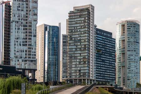 La Mexicana, Santa Fe, Mexico City: June 9, 2020. Office and apartment buildings in Mexico City. 新聞圖片