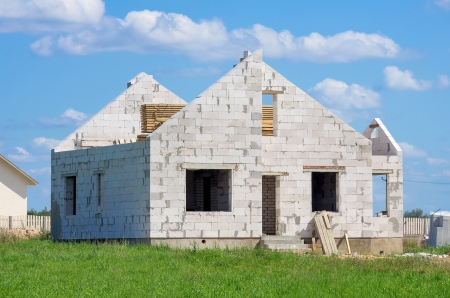 Construction of houses of white silicate blocks Stock Photo - 17049418
