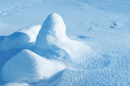snowballs: Sfondo invernale con palle di neve