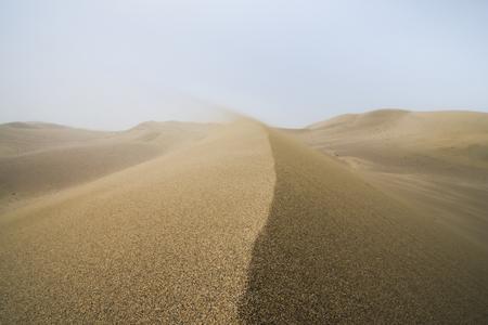 Sand dune landscape and waves of sand in Gobi Desert in China, Gobi Desert, China Imagens