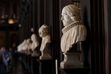 Trinity College Library, Dublin, Ireland - 08/07/2017: Bust of James Ussher, Archbishop of Armagh in the Trinity College Library 스톡 콘텐츠
