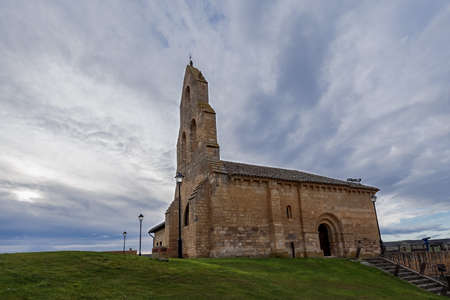 spanish romanesque church in a stormy day with cloudy and dramatic sky Banque d'images