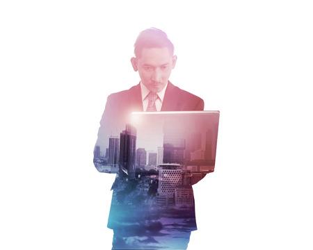 multiple exposure: Uomo d'affari con la tenuta di esposizione multipla computer tablet. Concetto di tecnologia di affari