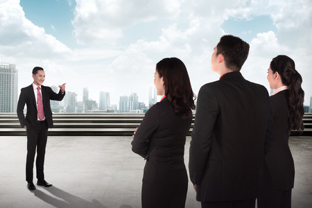 briefing: Manager give speech to other people. Business briefing conceptual