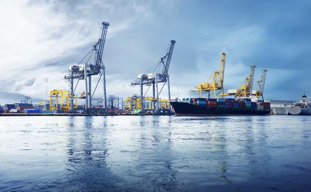 Afbeelding van de zeehaven in Jakarta, Indonesië Stockfoto