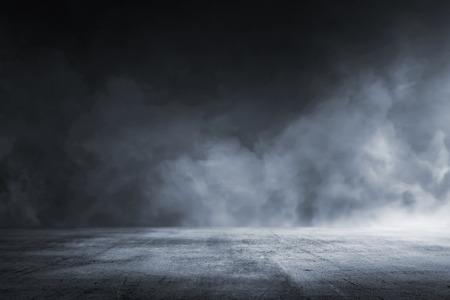 Tekstura ciemna betonowa podłoga z mgłą lub mgłą Zdjęcie Seryjne