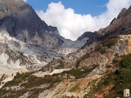 marble quarry in marina di carrara italy