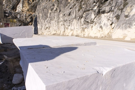 marble quarry in carrara tuscany