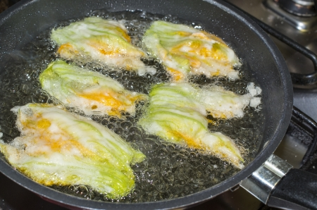 fried courgette flower in my house