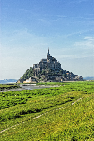 michel: photo of mont saint michel in france during summer