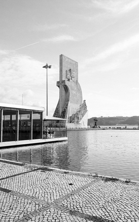 descubridor: Padrao dos Descobrimentos, Descubrimiento del monumento, Lisboa, Portugal