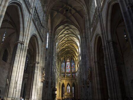 St. Vitus cathedral in Prague, interior image in low light. Standard-Bild