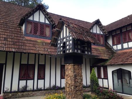 tudor: Tudor property