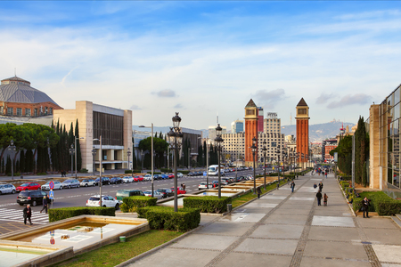espanya: BARCELONA, SPAIN - december 12, 2015: View on Placa Espanya, Venetian towers. Famous place with modern architecture buildings, cultural and tourist landmark in the Spanish second largest city