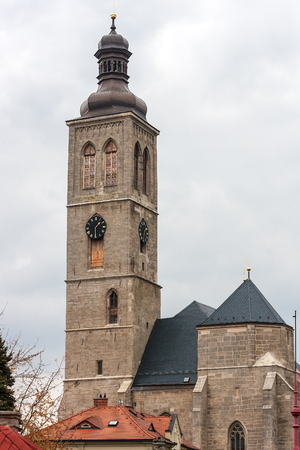 View of the tower of Saint James cathedral in Kutna Hora, Bohemia 版權商用圖片