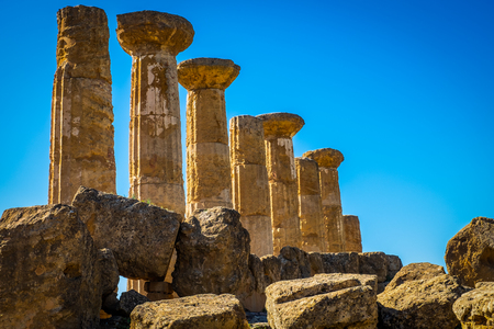 Remains of the Temple of Heracles in valley of the temples, Agrigento-Sicily 免版税图像