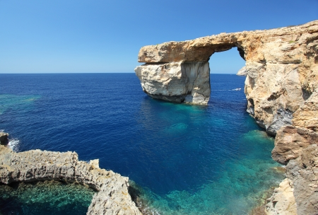 azure coast: Fantastic Azure Window, famous stone arch on Gozo island, Dwejra. Malta Stock Photo