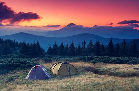 Tourist camp in a mountains. Carpathian, Ukraine, Europe. Beauty world. Standard-Bild